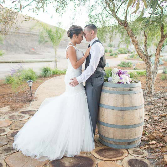 Nella Terra Cellars wedding photography by Red Eye Collection
