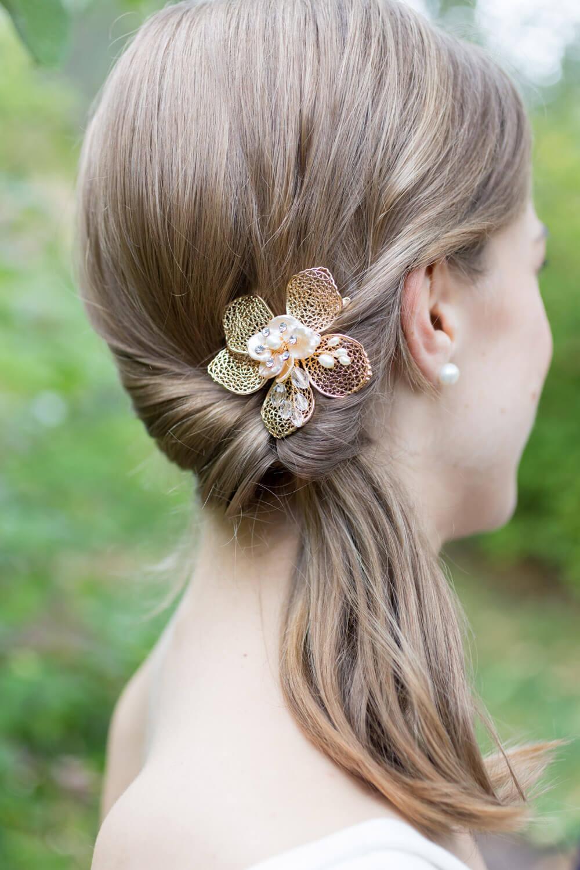 Holly and Blake Tilden Park Botanic Gardens wedding photos - 43 - bride hair style flower pin