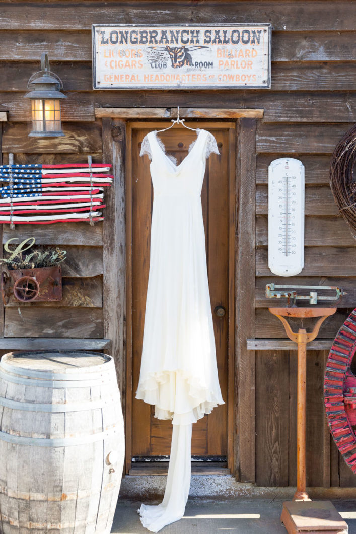 Long-Branch-Saloon-Farms-Wedding-12-2019-3