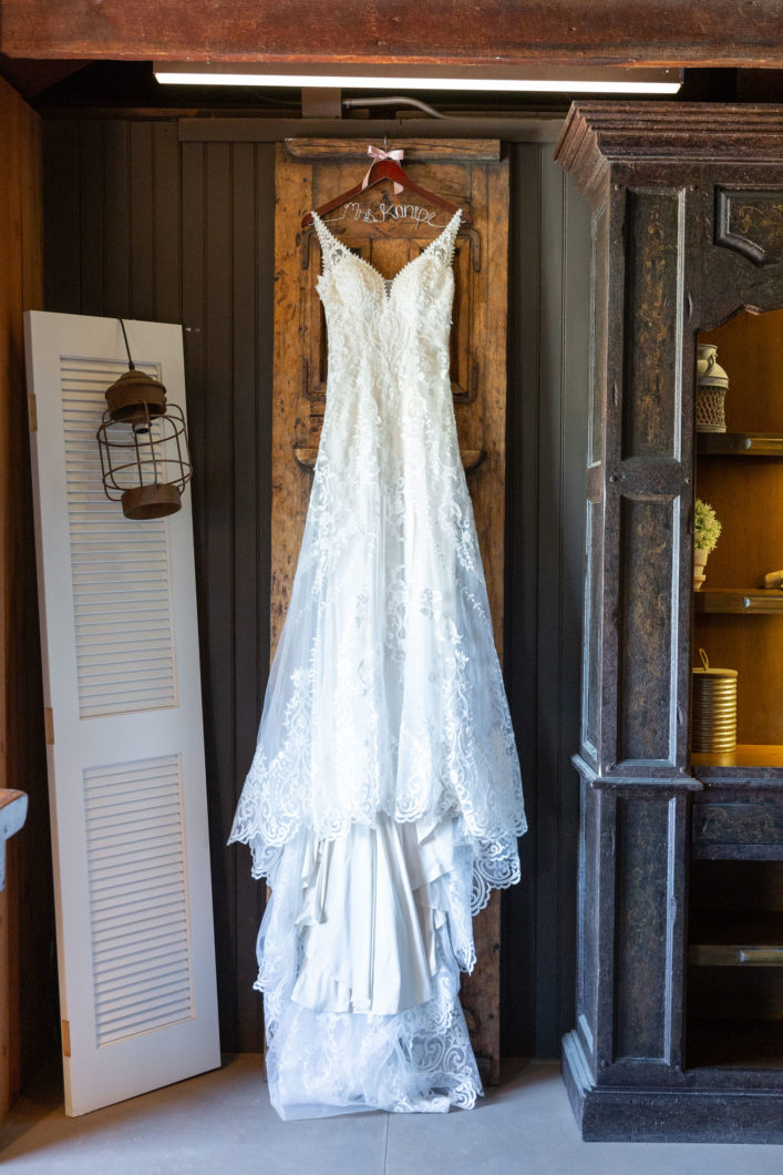Kayla & Jake - Monterey wedding - detail