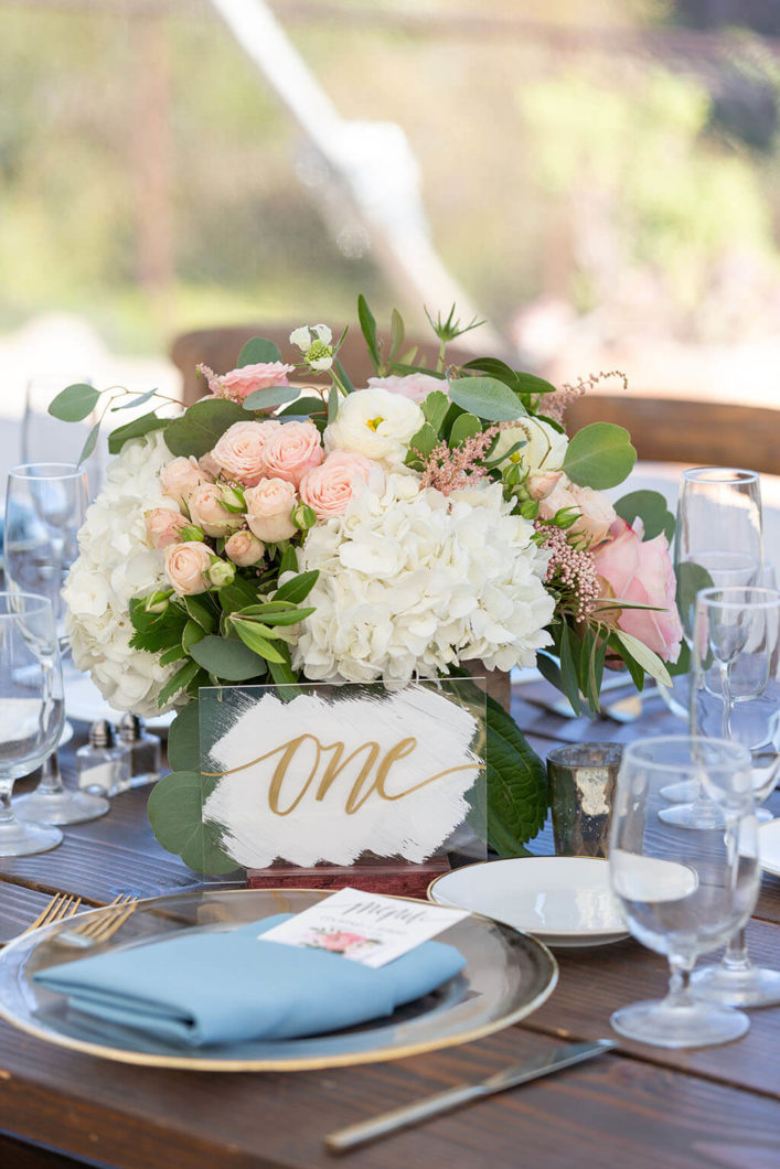 wedding-floral-centerpiece (1)